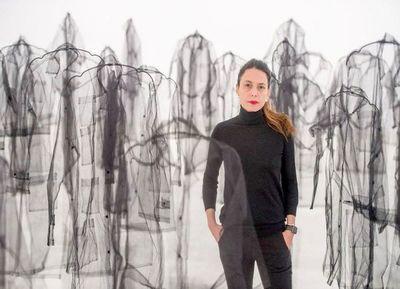 """""""Desbordan (Cuatro Paredes)"""": Memorias y reflexiones sobre la mujer"""