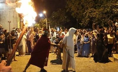 Sangre, fuego y lamentos para dar vida a la Pasión de Cristo en San Jerónimo
