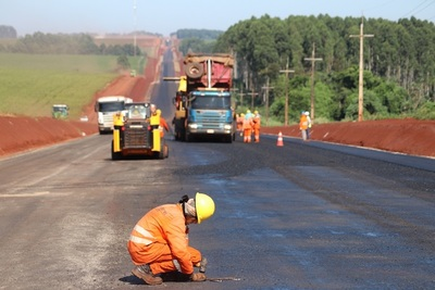 Ruta Naranjal – San Cristóbal registra avance del 75%
