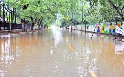 Se inunda con lluvia, pese a reparación del   desagüe