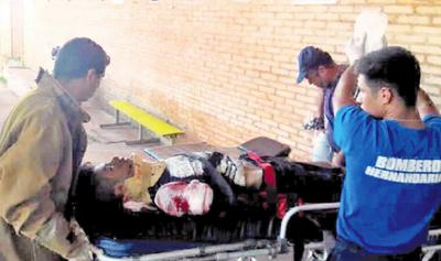 Joven motociclista muere tras violento accidente