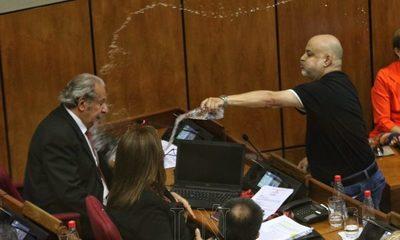 Payo Cubas acciona contra suspensión