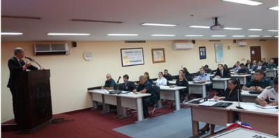 Instituto Castrense brinda conferencia sobre Teoría Económica
