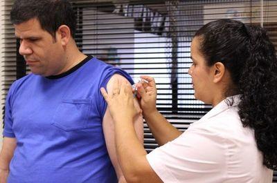 Jornada de vacunación en La Nación y Crónica