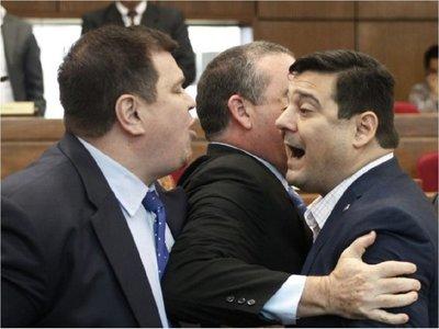 En el Senado se prevé solo amonestación para senadores liberales