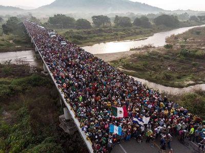 Detienen en sur de México a 367 migrantes que iban hacia EEUU
