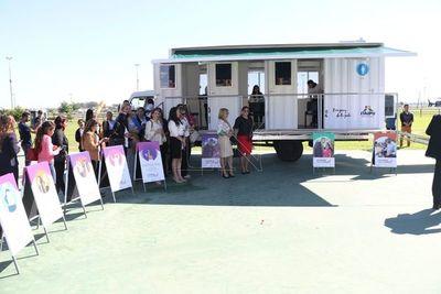 Postergan llegada de Ciudad Mujer Móvil a Amambay