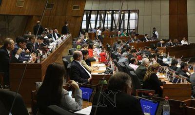 Aseguran que mozo con sueldo de Gs. 12 millones no pertenece a Diputados