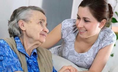 Cuidadores de personas vulnerables deben contar con la antigripal