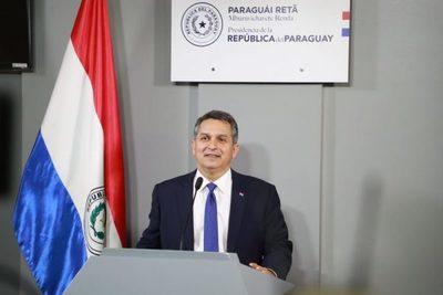Gobierno detiene presentación de reforma tributaria para continuar diálogo