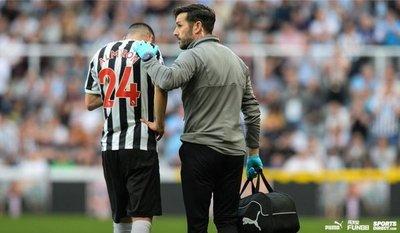 Newcastle confirma lesión de Almirón