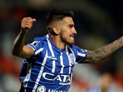 Godoy Cruz venció a Sporting Cristal y se metió en zona de clasificación