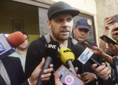 Defensa de Cucho presenta denuncia contra agentes de la SENAD por supuesto robo