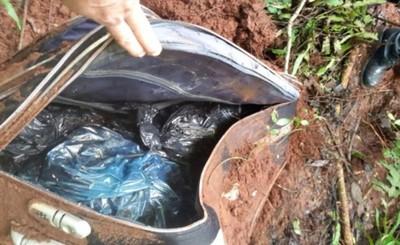 Cadáver encontrado en maletas sigue sin ser identificado