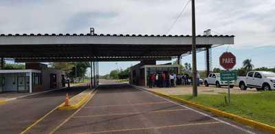 Verifican infraestructura de la EBY para habilitación de paso fronterizo con Argentina