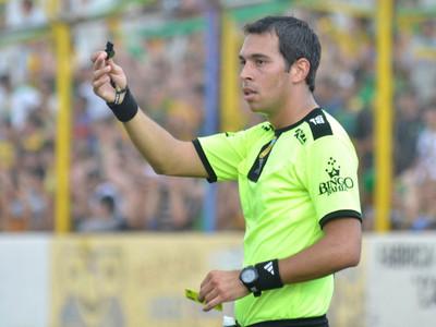 Los árbitros para las revanchas de Guaraní y Sol de América