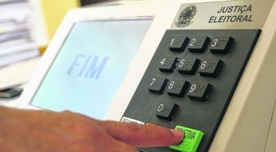 Experta alerta que las urnas  electrónicas están expuestas  a fraude: hay ejemplos, dice