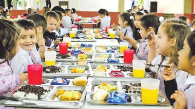 Drástica reducción de fondos para almuerzo escolar en Ciudad del Este