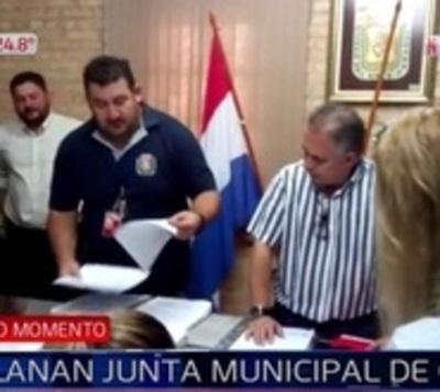 Allanan Junta Municipal de CDE en busca de caja paralela