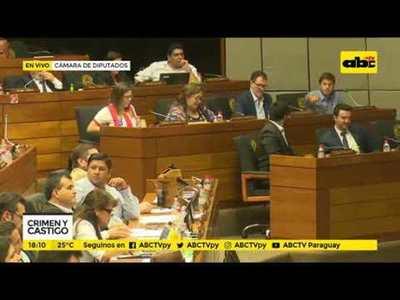 Testigos incriminan a Morales en agresión
