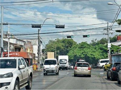 Señalización inexistente   o en mal estado es un peligro en Asunción