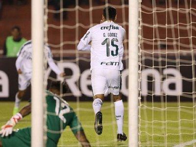 Gustavo Gómez encamina la clasificación de Palmeiras en Arequipa