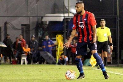 FIFA aceptó demanda de Estudiantes contra Cerro