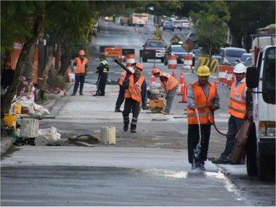 Ferreiro explica colocación de hormigón hidráulico sobre Mariscal López