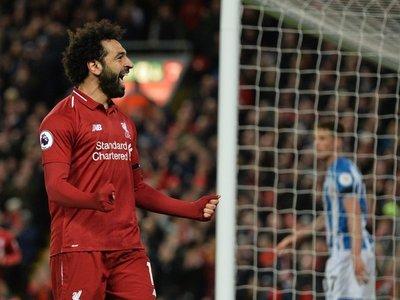 El Liverpool golea al Huddersfield y sigue creyendo