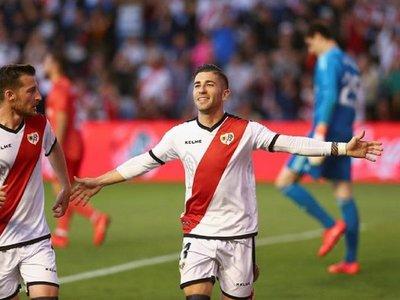 Rayo vence a Real Madrid y sueña con la permanencia
