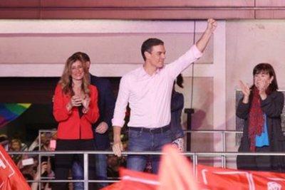 Pedro Sánchez se mostró dispuesto a negociar con todas las fuerzas políticas de España