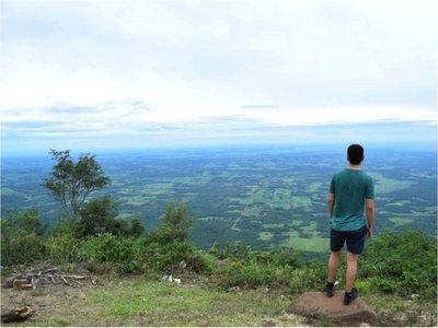 El punto más alto del país atrae a turistas