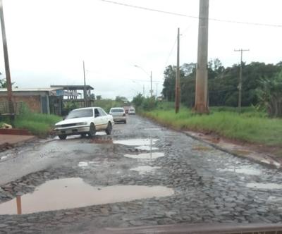 """Avenida Julio Riquelme en deplorables condiciones, a pesar del """"bacheo"""""""