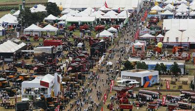 Ministro Ullón invitado a la apertura de Agrishow 2019 en San Pablo, Brasil, ésta mañana, la mayor Feria de Agro Negocios de Latinoamérica.