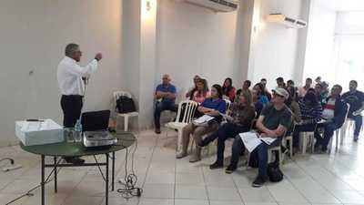 Capacitan a agentes electorales de cara a comicios en CDE