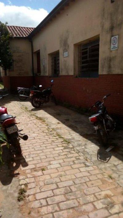 Roban motocicleta a estudiante de Carapeguá