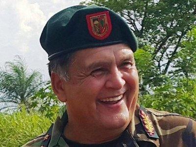 Titular de Aduanas considera un error la elección de Ramón Benítez