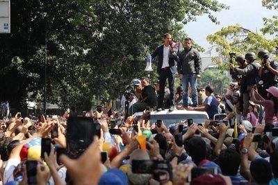 """Abdoalienta al """"valiente pueblo de Venezuela"""""""