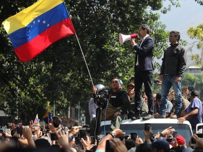 "Frente Guasu rechaza ""intento de golpe de Estado"" contra Maduro"