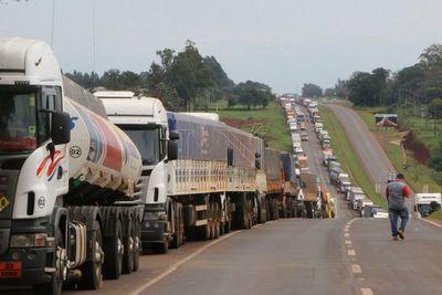 Camioneros y Petropar se reunirán hoy por aumento de combustible