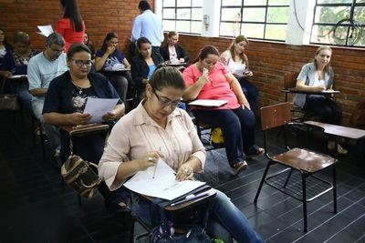Capacitarán a casi 19.000 docentes en diversas especializaciones