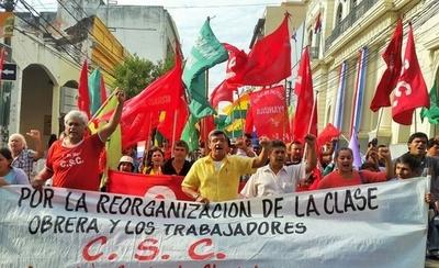 Marcha del 1 de mayo: que el  sueldo mínimo suba a US$ 476 piden los sindicatos