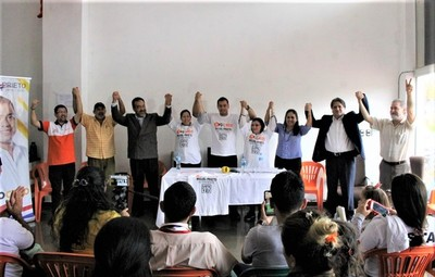 Candidatas de Frente Amplio y Partido de la Juventud piden voto útil para Prieto