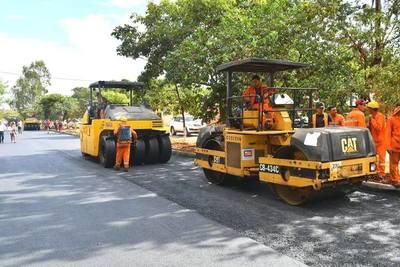 Itaipú Binacional generó más de 5.500 empleos mediante inversiones, afirma