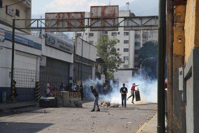 """EE.UU.: """"acción militar"""" en Venezuela """"es posible"""" si """"es requerida"""""""