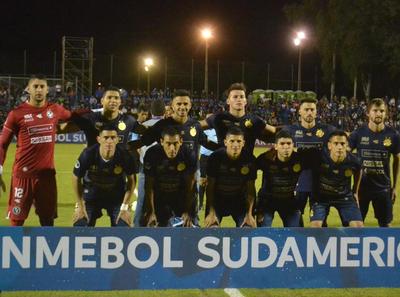 Sol de América avanza en la Sudamericana gracias a los penales