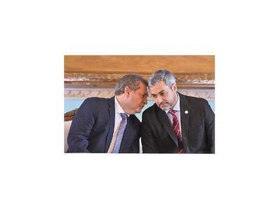 Oficialismo apunta a lograr unidad de bloque para pactos