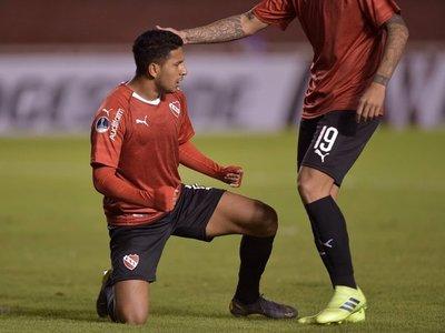 Cecilio marca en la clasificación de Independiente en la Sudamericana