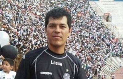 Sindicado de asesinar a su pareja en Argentina huye hacia Paraguay