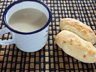 Pedirán que sea obligatorio tomar cocido con leche en instituciones y colegios